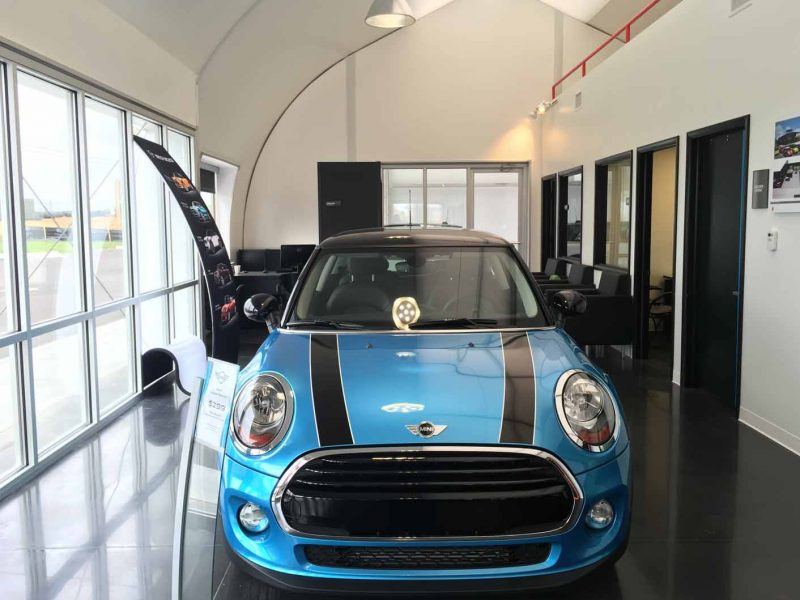 Temporary automotive dealership