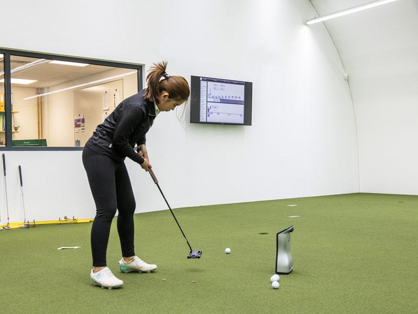 Indoor Golf prefab building